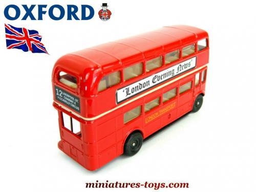 l 39 autobus anglais aec imp rial en miniature de oxford model au 1 76e miniatures toys. Black Bedroom Furniture Sets. Home Design Ideas
