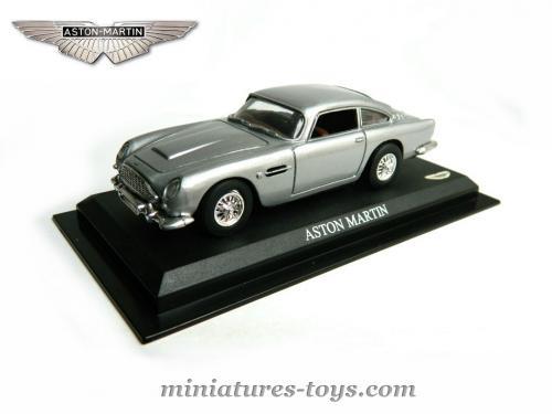 l 39 aston martin db5 1950 miniature d 39 universal hobbies au 1 43e miniatures toys. Black Bedroom Furniture Sets. Home Design Ideas