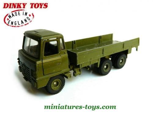 le camion militaire foden en miniature au 1 42e de dinky toys england incomplet miniatures toys. Black Bedroom Furniture Sets. Home Design Ideas