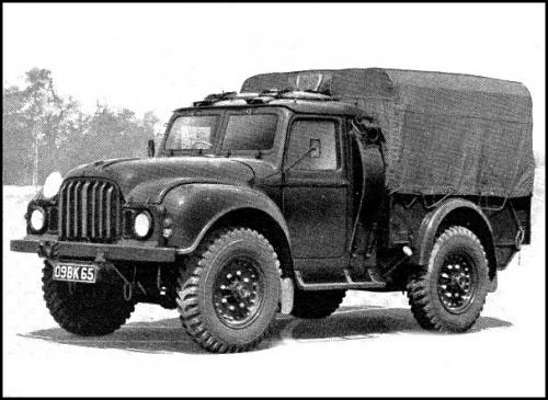 le petit camion militaire anglais humber miniature dinky toys england au 1 50e miniatures toys. Black Bedroom Furniture Sets. Home Design Ideas