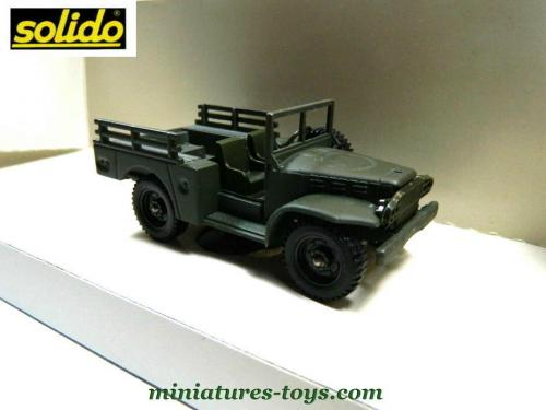 le dodge wc 51 4x4 militaire en miniature de solido au 1 50e miniatures toys. Black Bedroom Furniture Sets. Home Design Ideas