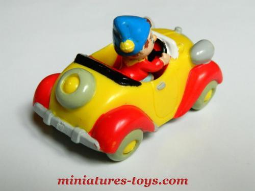 la voiture taxi de oui oui en miniature miniatures toys. Black Bedroom Furniture Sets. Home Design Ideas