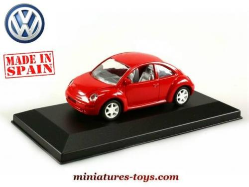 la voiture volkswagen new beetle rouge en miniature au 1. Black Bedroom Furniture Sets. Home Design Ideas