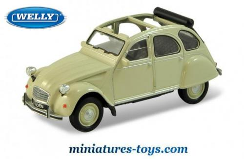 la 2 cv citro u00ebn beige d u00e9couverte en miniature de welly au 1  32e miniatures