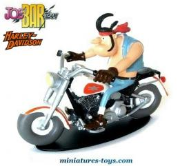 La figurine de Hercule Butter sur son Harley Davidson du Joe Bar Team au 1/18e